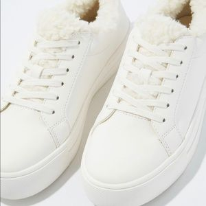 American Eagle Sherpa lace up sneakers